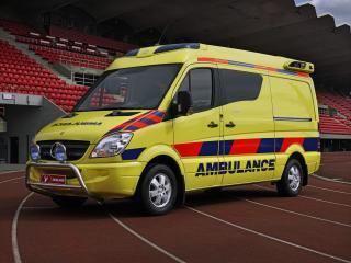 обои Tamlans Mercedes-Benz Sprinter Ambulance (W906) сбоку фото