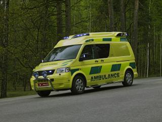 обои Tamlans Volkswagen T5 Ambulance перед фото