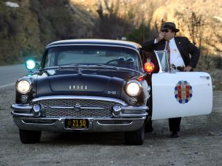 обои Buick Century 2-door Sedan Highway Patrol 1955 перед фото