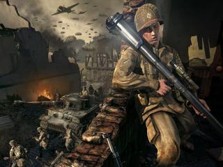 обои Солдат прячется от врагов фото