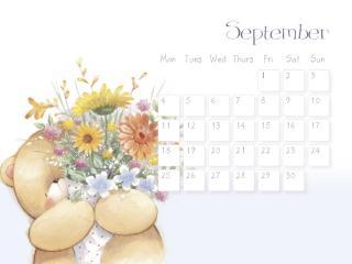 обои Календарь - 2013 Сентябрь - Мишка с полевыми цветами фото