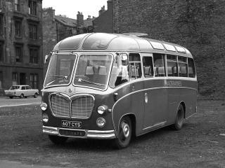 обои Bedford C5C1 Duple (C29F) 1957 перед фото