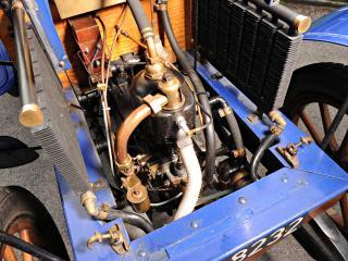 обои Deckert 8 HP 2-seater 1902 мотор фото