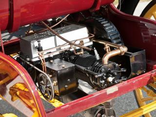 обои Columbus 2 Cylinder Runabout 1905 мотор фото