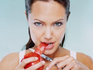обои Анжелина Джоли придумала диету фото