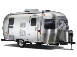 обои 2009 Airstream and Victorinox Partner on Special Edition бок фото
