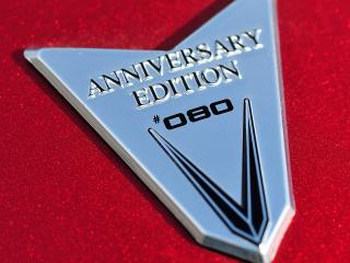 обои 2008 Victory Vision 10th Anniversary Edition Sells out in 7 Minutes значек фото
