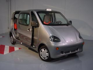 обои 2005 MDI Air Car серебристый фото