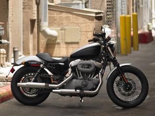 обои Harley-davidson в подворотне фото