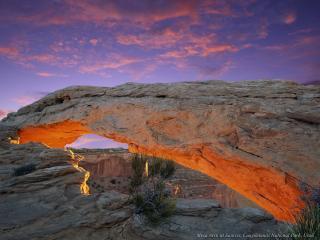 обои Сквозь вершину каньона фото