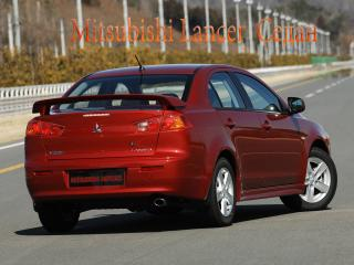 обои Mitsubishi Lancer X Седан вид сзади фото
