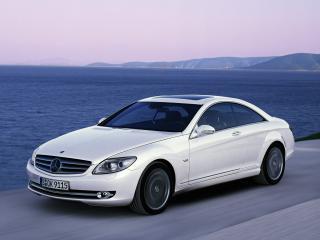 обои Mercedes-Benz CL-Class на фоне моря фото