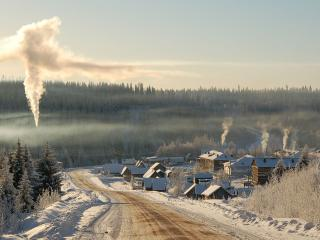 обои Деревня в горах зимой фото