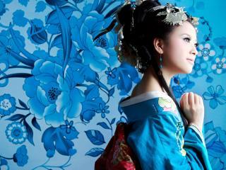 обои для рабочего стола: Голубое кимоно