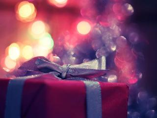 обои Красный подарок с ленточкой фото