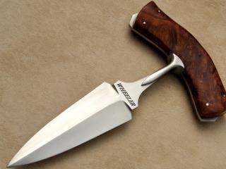 обои Нож с поперечной рукоятью фото