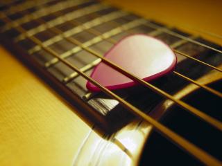 обои Медиатор в гитаре фото