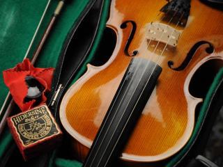 обои Скрипка в коробке фото