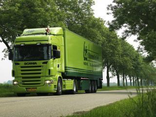 обои Грузовик зеленая скания,   р500 на  дороге фото
