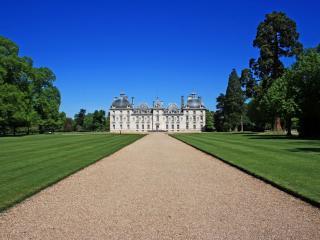 обои Замок в парке фото