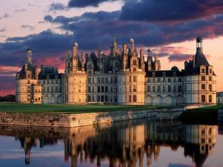 обои Замок с четырьмя башнями фото