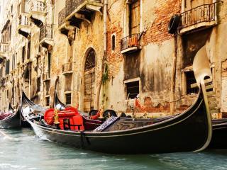 обои Венецианские гондолы и здания фото