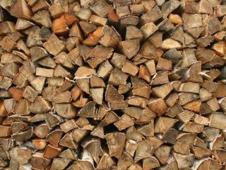 обои Колотые дрова фото