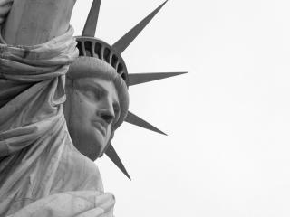 обои Статуя свободы крупным планом фото