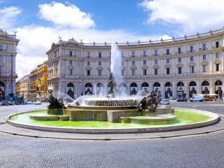 обои Римская площадь республики с фонтаном фото