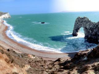 обои Морская бухта с каменной аркой фото