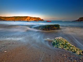 обои Волны на берегу моря фото