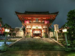 обои Японский  храм и фонари фото