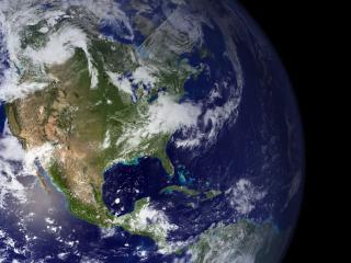 обои Вид земли и луны из космоса фото