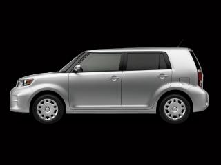 обои Scion xB 2010 темнота фото
