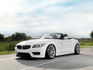 обои 3D Design BMW Z4 Roadster M Sports Package (E89) 2011 спереди фото