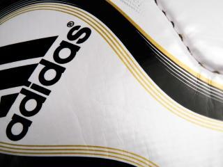 обои Фирма обуви Adidas фото