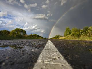 обои Радуга и асфальт после дождя фото