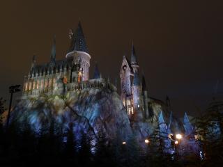 обои Хогвартский замок на скале фото