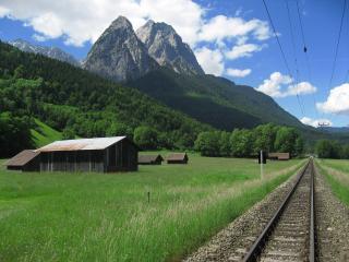 обои Железная дорога в горах фото