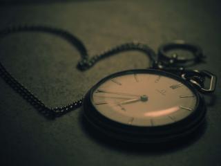обои Раритетные часы на цепочке фото