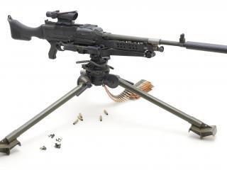 обои Снайперский пулемёт с прицелом фото