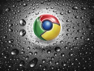 обои Google chrome на мокрой поверхности фото