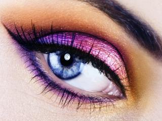 обои Макияж глаза - Розовые и сиреневые тени в сочетании, с черной подводкой фото