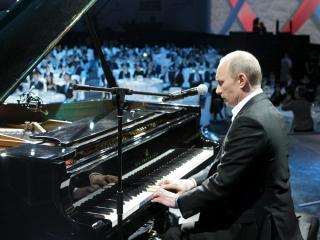 обои Путин играет на рояле фото