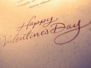 обои Надпись на листе о дне влюбленных фото