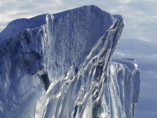 обои Громадная льдина фото