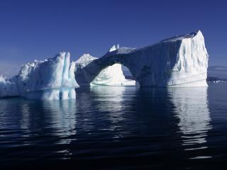 обои Ледяные айсберги различных форм фото