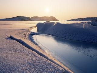 обои Процесс отлома ледяных брыл фото