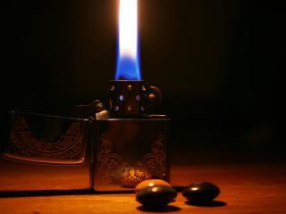 обои Огонь из Zippo зажигалки фото
