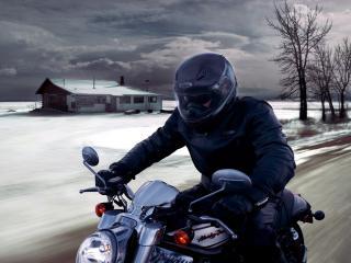 обои Мотоциклист на дороге фото